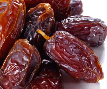 10KG PITTED DATES.