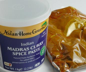 1KG MADRAS CURRY PASTE